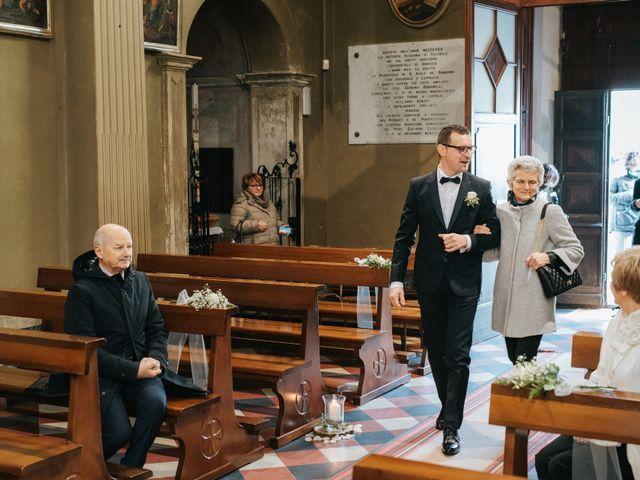 Il matrimonio di Claudio e Yeni a Cappella Cantone, Cremona 15