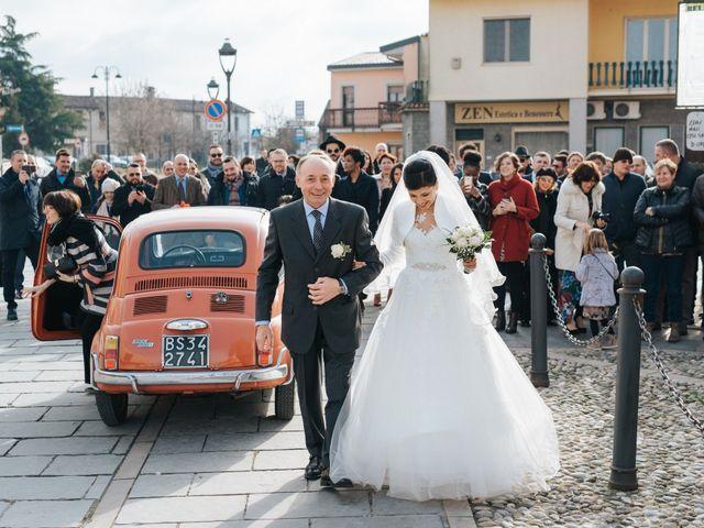Il matrimonio di Claudio e Yeni a Cappella Cantone, Cremona 17