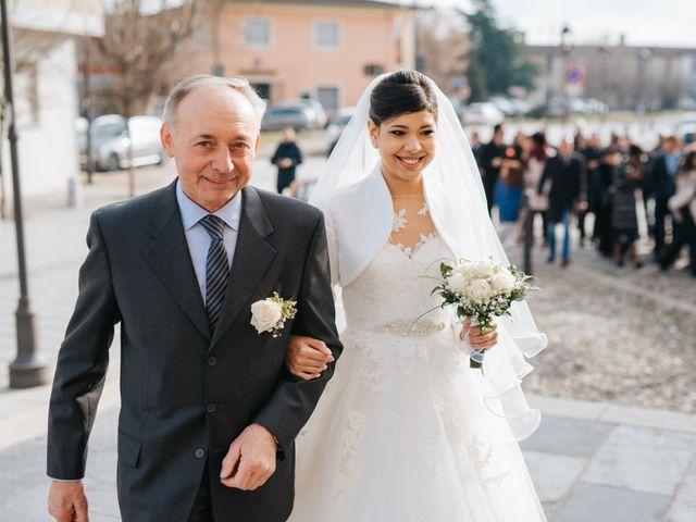 Il matrimonio di Claudio e Yeni a Cappella Cantone, Cremona 18