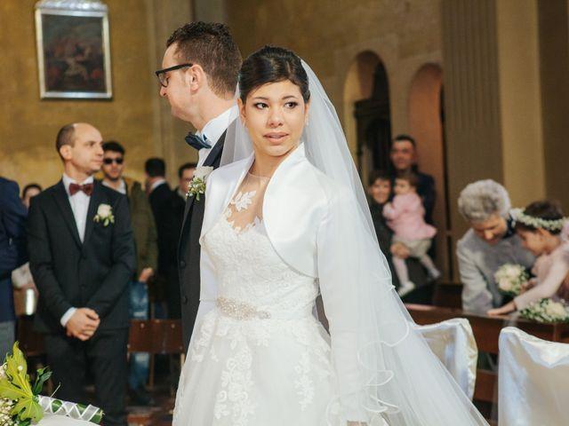 Il matrimonio di Claudio e Yeni a Cappella Cantone, Cremona 22