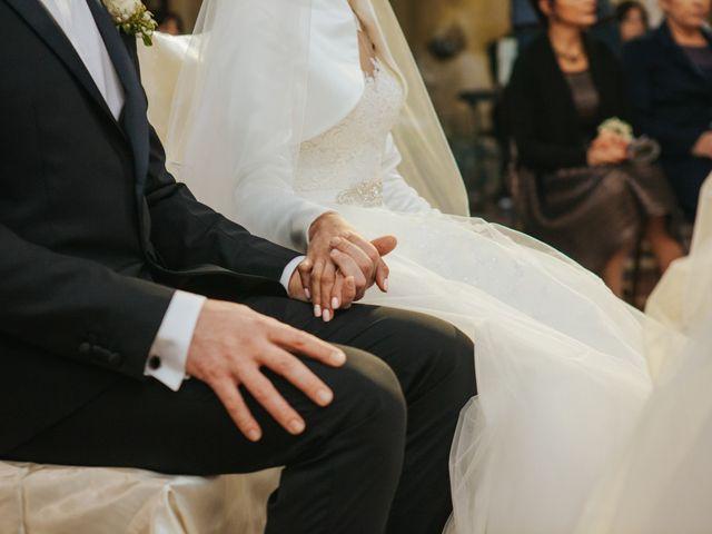 Il matrimonio di Claudio e Yeni a Cappella Cantone, Cremona 23