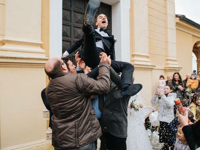 Il matrimonio di Claudio e Yeni a Cappella Cantone, Cremona 27
