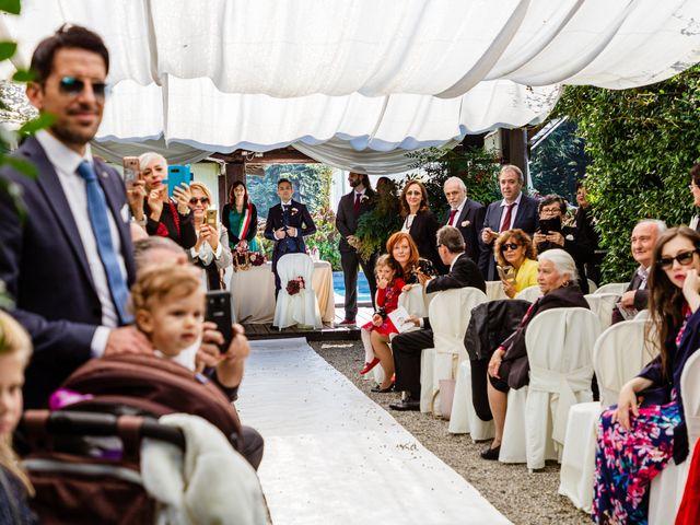 Il matrimonio di Vittorio e Jessica a Fino Mornasco, Como 29