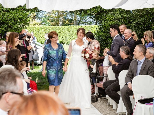 Il matrimonio di Vittorio e Jessica a Fino Mornasco, Como 31