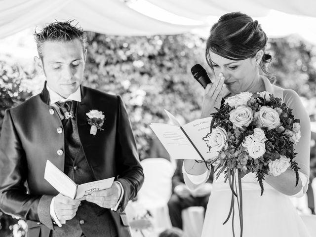 Il matrimonio di Vittorio e Jessica a Fino Mornasco, Como 32