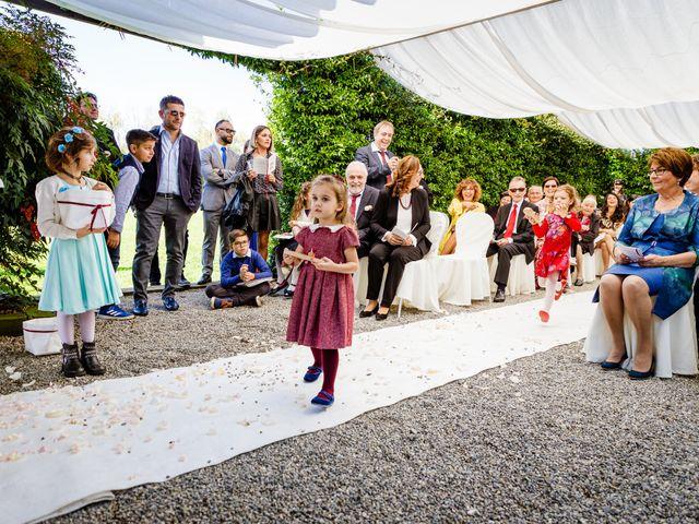 Il matrimonio di Vittorio e Jessica a Fino Mornasco, Como 33