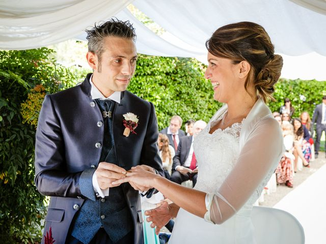 Il matrimonio di Vittorio e Jessica a Fino Mornasco, Como 35