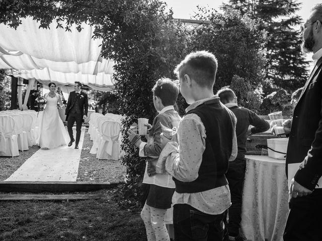 Il matrimonio di Vittorio e Jessica a Fino Mornasco, Como 43