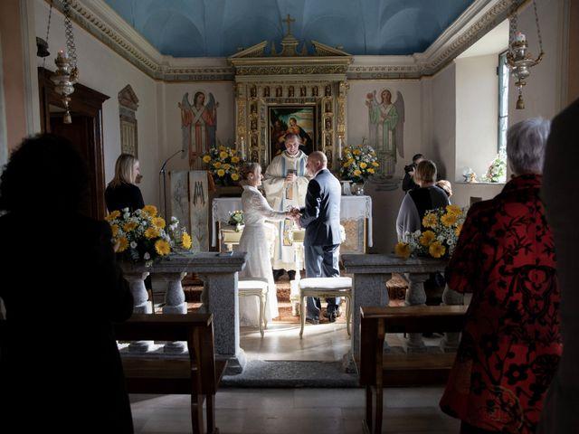 Il matrimonio di Leonardo e Anna a Caslino d'Erba, Como 32