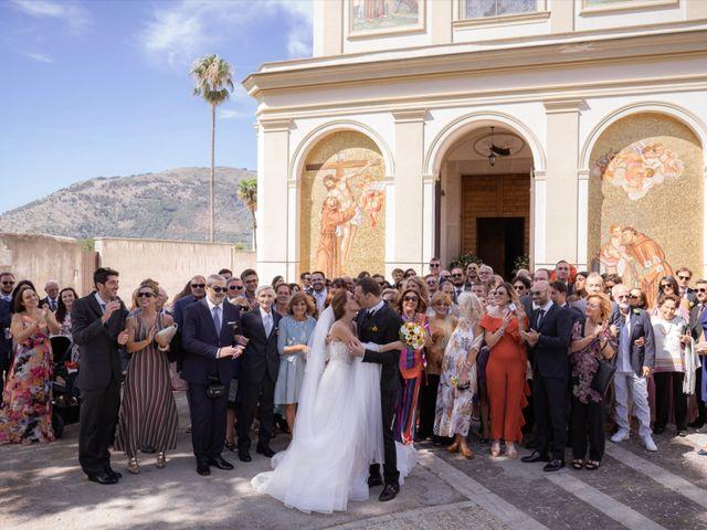 Il matrimonio di Marco e Valeria a Santa Maria a Vico, Caserta 28