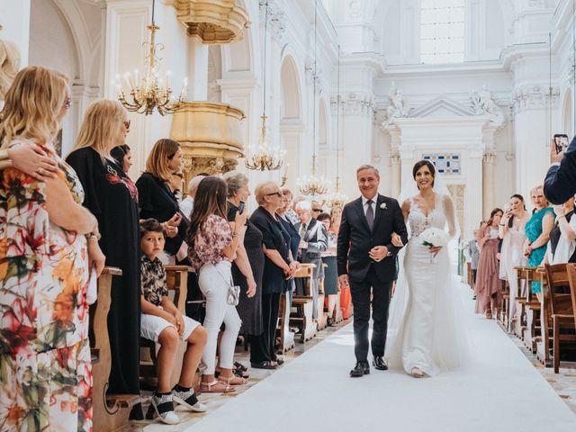 Il matrimonio di Vincenzo e Mariangela a Cellole, Caserta 14