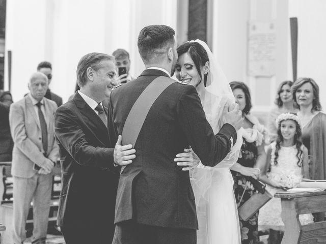 Il matrimonio di Vincenzo e Mariangela a Cellole, Caserta 15