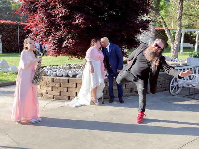 Il matrimonio di Vito e Ornella a Cogliate, Monza e Brianza 22
