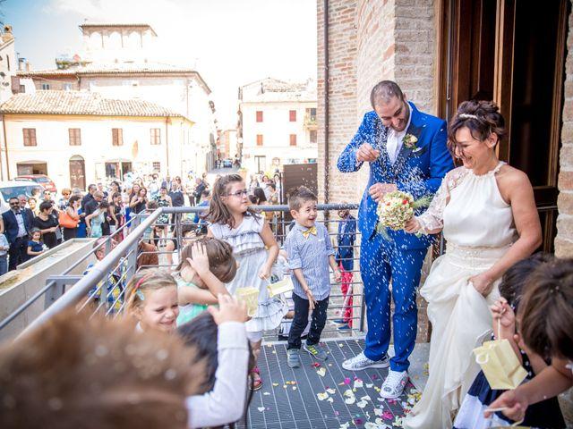 Il matrimonio di Cristiano e Cinzia a Urbisaglia, Macerata 20