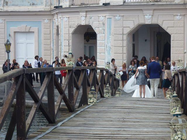 Il matrimonio di Faith e Eduardo a Bacoli, Napoli 4