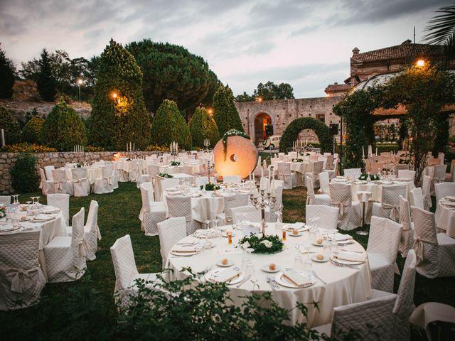 Il matrimonio di Valerio e Annamaria a Roccella Ionica, Reggio Calabria 18