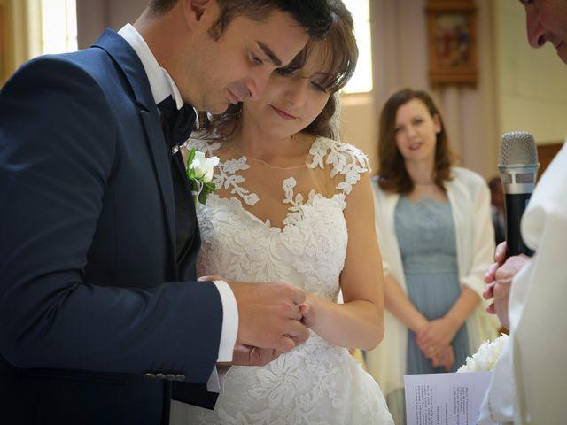 Il matrimonio di Vincenzo e Roberta a Castelpetroso, Isernia 15