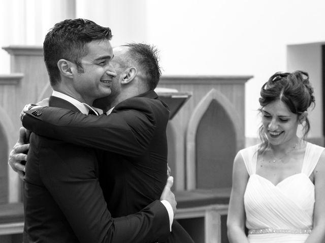 Il matrimonio di Vincenzo e Roberta a Castelpetroso, Isernia 17