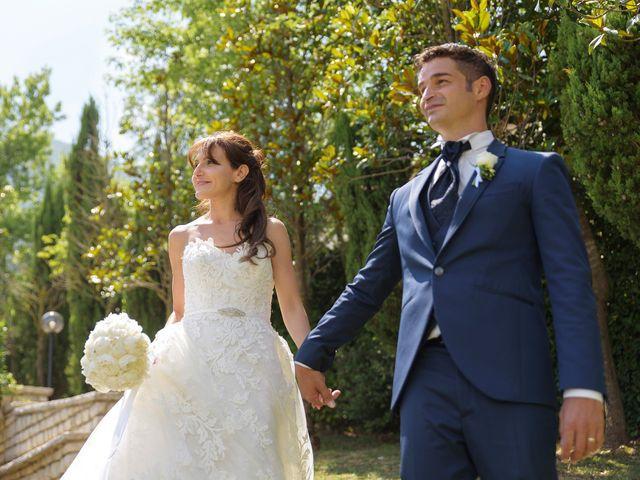 Il matrimonio di Vincenzo e Roberta a Castelpetroso, Isernia 22