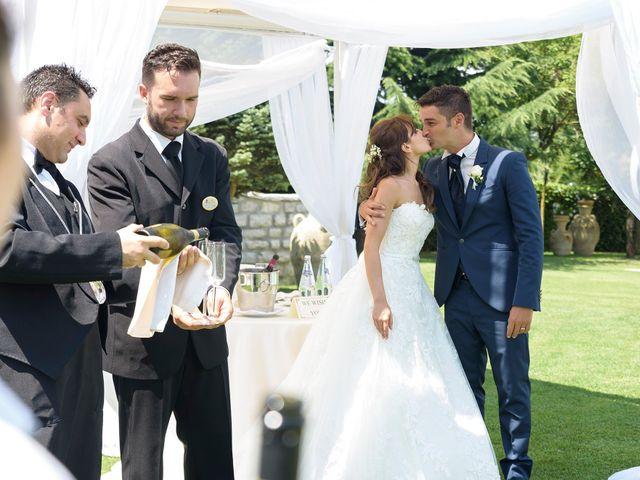 Il matrimonio di Vincenzo e Roberta a Castelpetroso, Isernia 23