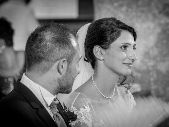 Il matrimonio di Mimmo e Anna Maria a Torre Santa Susanna, Brindisi 15