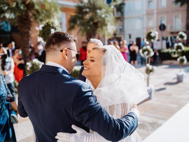 Il matrimonio di Elisa e Francesco a Potenza Picena, Macerata 15