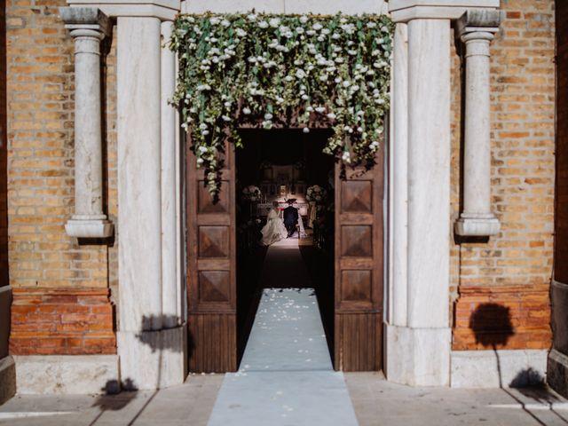 Il matrimonio di Elisa e Francesco a Potenza Picena, Macerata 16