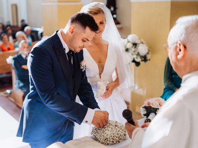 Il matrimonio di Elisa e Francesco a Potenza Picena, Macerata 20