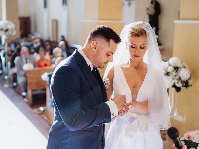 Il matrimonio di Elisa e Francesco a Potenza Picena, Macerata 21