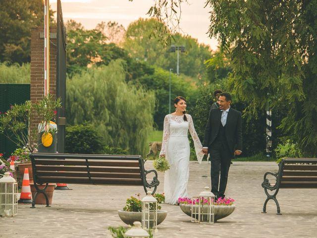 Il matrimonio di Daniel e Sabrina a Bollate, Milano 153