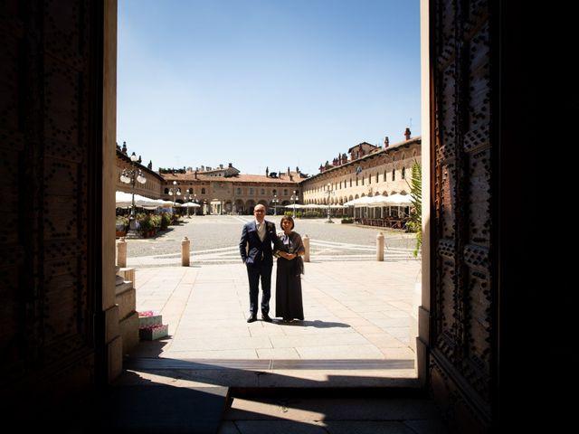 Il matrimonio di Amy e Alessandro a Vigevano, Pavia 68