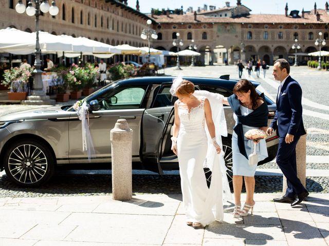 Il matrimonio di Amy e Alessandro a Vigevano, Pavia 74