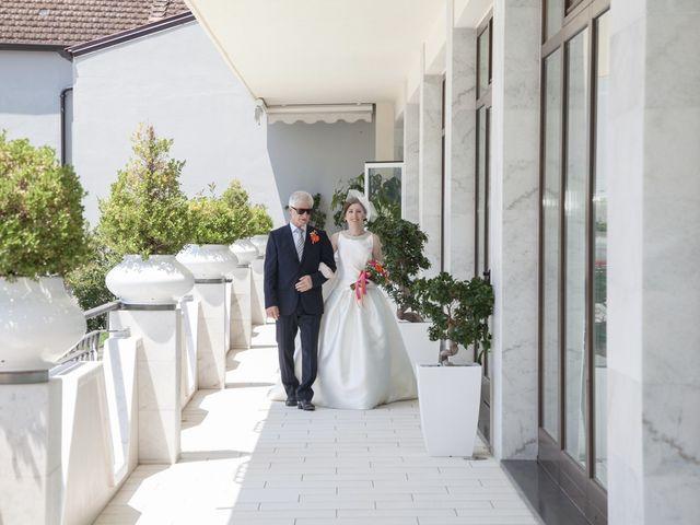 Il matrimonio di Ramanujam e Valentina a Mercato San Severino, Salerno 15