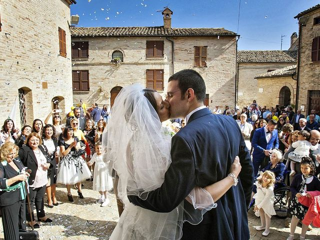 Il matrimonio di Mirko e Giada a Altidona, Fermo 30