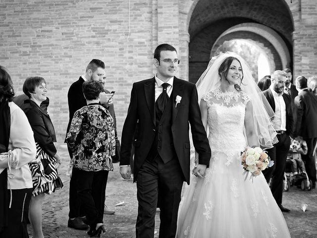 Il matrimonio di Mirko e Giada a Altidona, Fermo 33