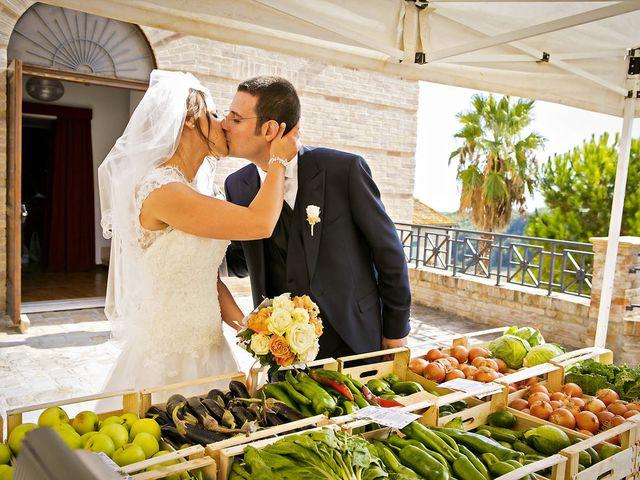 Il matrimonio di Mirko e Giada a Altidona, Fermo 35