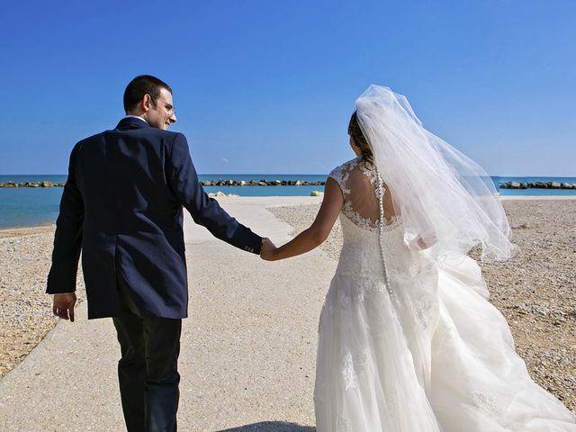 Il matrimonio di Mirko e Giada a Altidona, Fermo 44