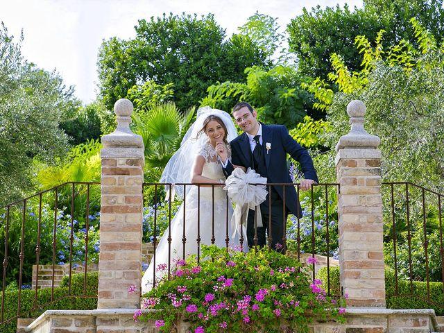 Il matrimonio di Mirko e Giada a Altidona, Fermo 1