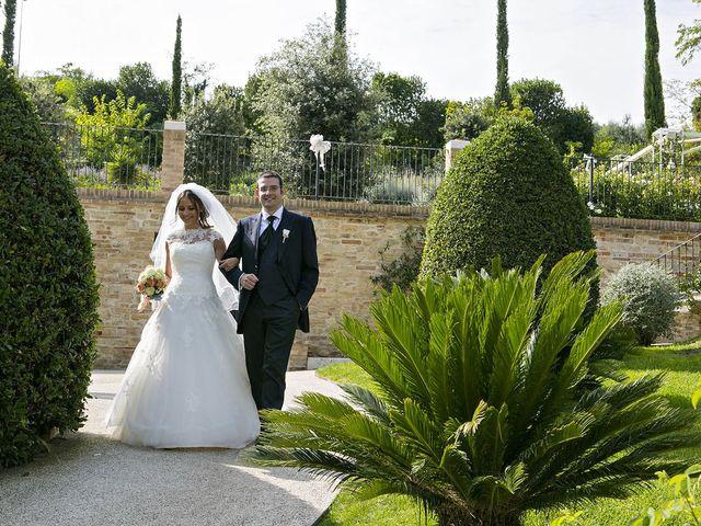 Il matrimonio di Mirko e Giada a Altidona, Fermo 54
