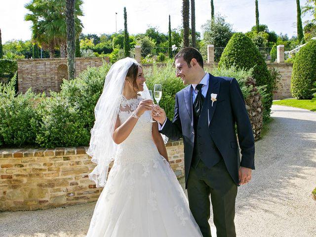 Il matrimonio di Mirko e Giada a Altidona, Fermo 55