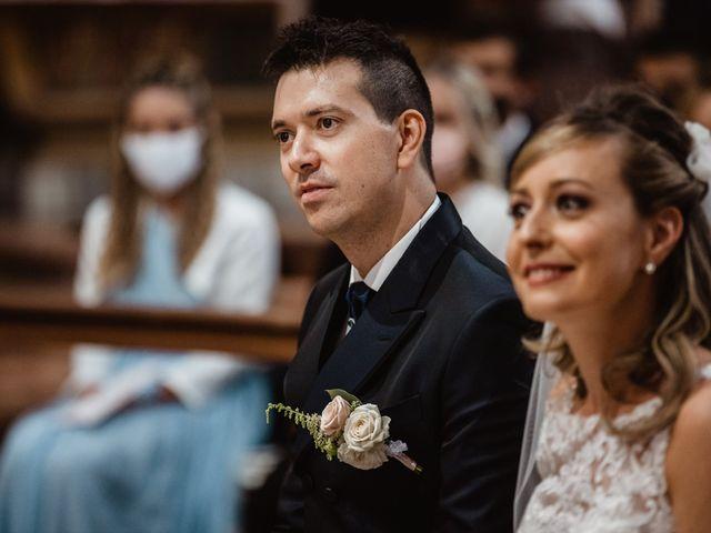 Il matrimonio di Elena e Michele a Ancona, Ancona 16