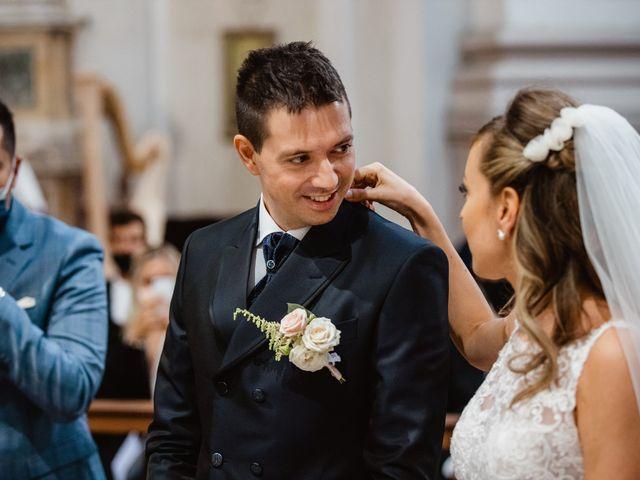 Il matrimonio di Elena e Michele a Ancona, Ancona 17