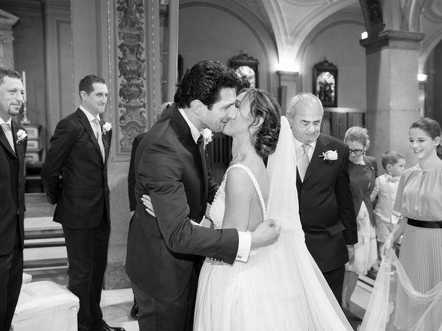 Il matrimonio di Davide e Nadia a Carbonate, Como 25
