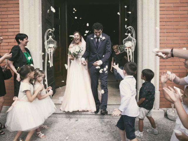 Il matrimonio di Davide e Nadia a Carbonate, Como 34