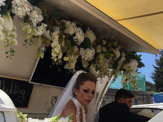 Il matrimonio di Livio  e Veronica  a Napoli, Napoli 9