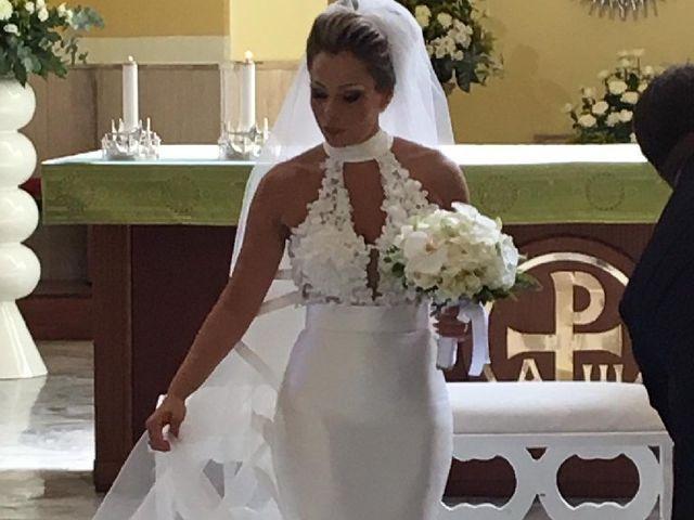 Il matrimonio di Livio  e Veronica  a Napoli, Napoli 25