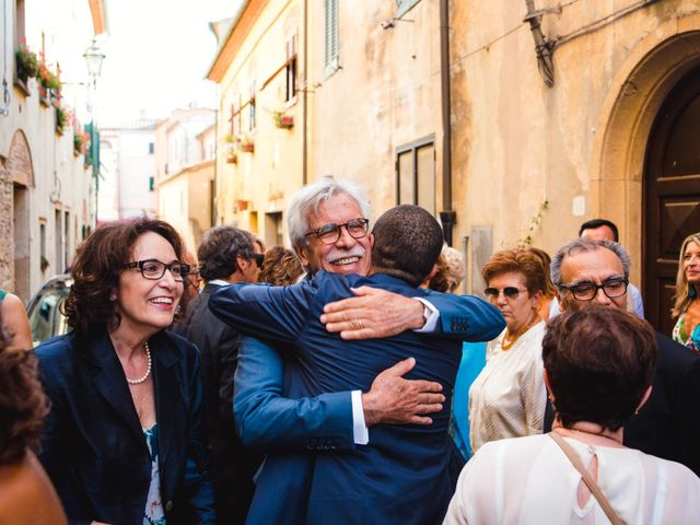 Il matrimonio di Giovanni e Elena a Montecatini Val di Cecina, Pisa 102