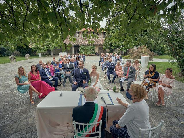 Il matrimonio di Alessandro e Veronica a Sulbiate, Monza e Brianza 32