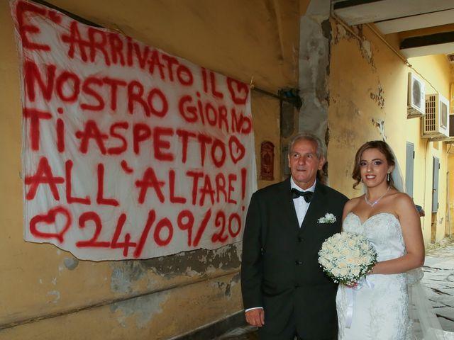 Il matrimonio di Giovanni e Carmen a Lettere, Napoli 2