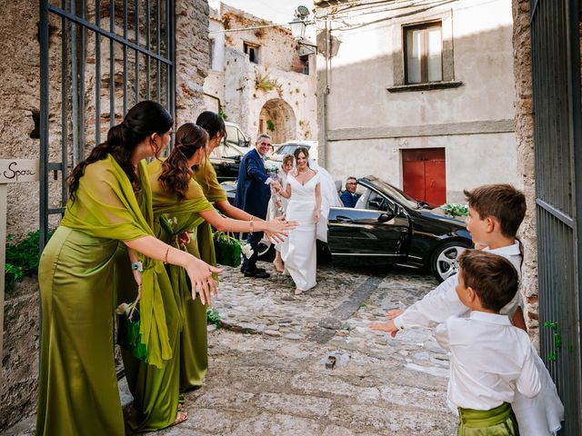 Il matrimonio di Enza e Gustavo a Bovalino, Reggio Calabria 31